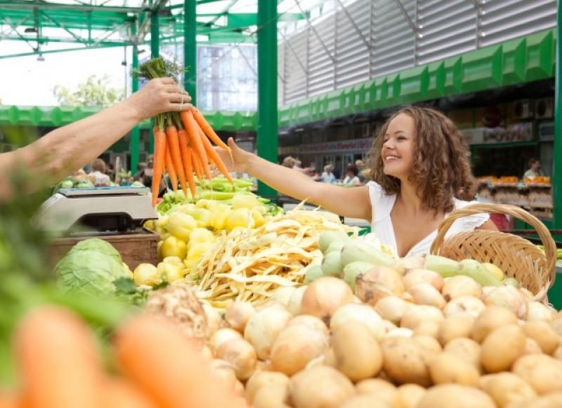 Markets and shopping close to La Peraleja Golf Resort