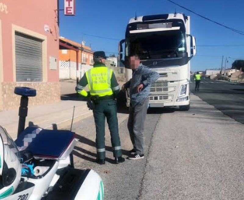 <span style='color:#780948'>ARCHIVED</span> - Lorry driver found to be 6 times over the alcohol limit on the N-344 near Jumilla