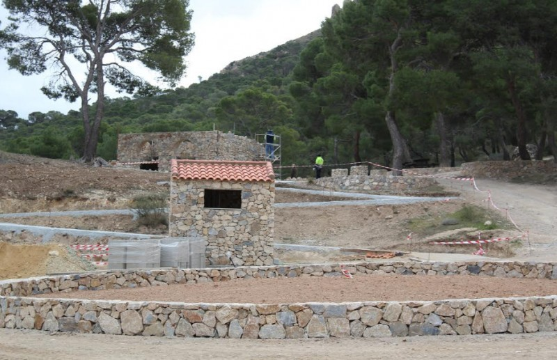 <span style='color:#780948'>ARCHIVED</span> - Improved facilities at the Santa Ana beauty spot in the mountains outside Jumilla