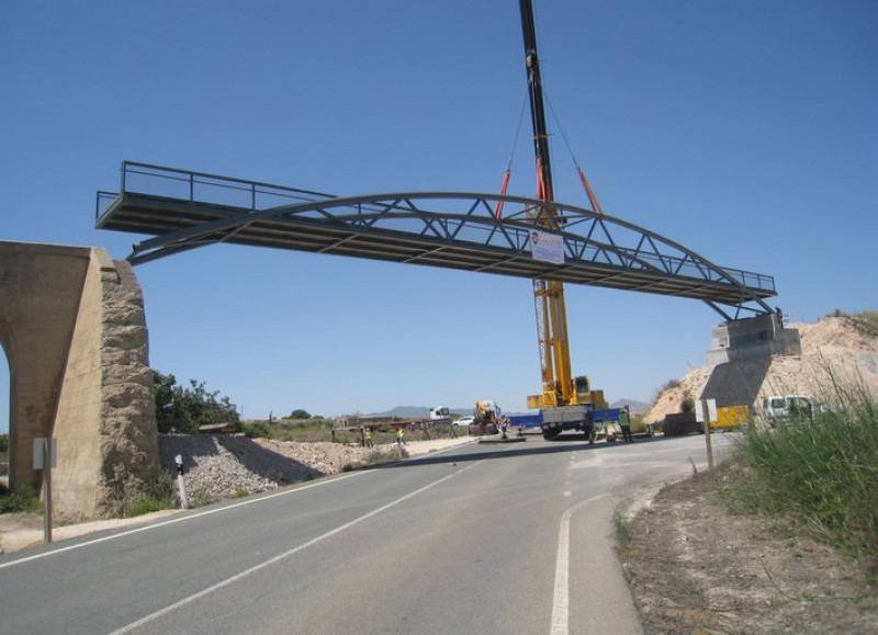 <span style='color:#780948'>ARCHIVED</span> - New footbridge on the Campo de Cartagena greenway