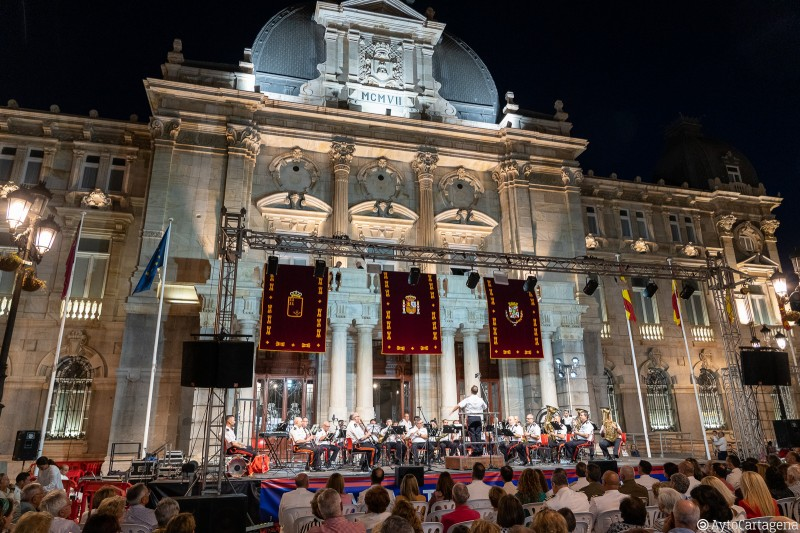 <span style='color:#780948'>ARCHIVED</span> - Wednesday 23rd October Free military band concert in Cartagena