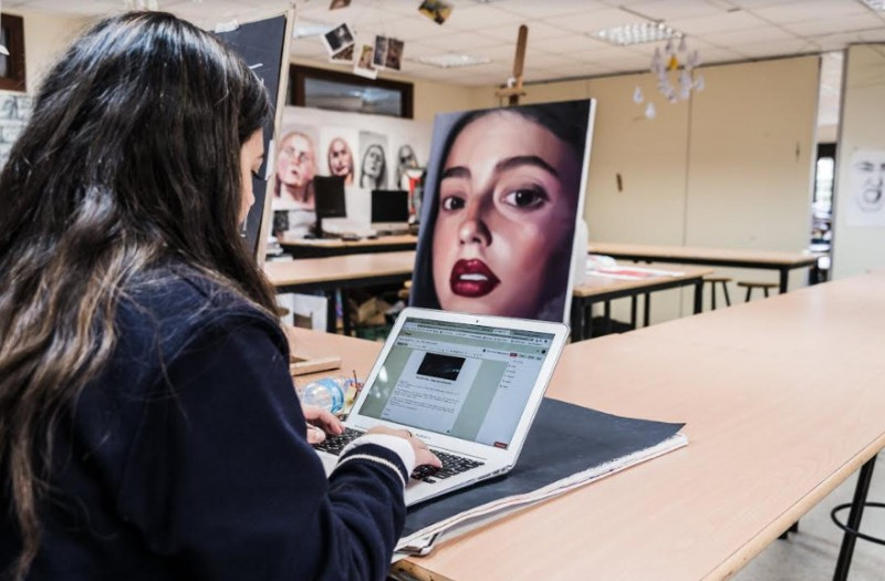 <span style='color:#780948'>ARCHIVED</span> - King's College Murcia provides ongoing online education to over 500 pupils despite the coronavirus lockdown