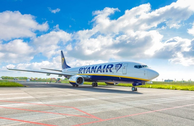 <span style='color:#780948'>ARCHIVED</span> - Ryanair announces flights to Spain from 1st July....last week they were cancelling flights to Spain
