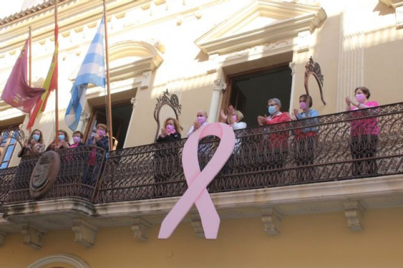 <span style='color:#780948'>ARCHIVED</span> - Murcia Region marks breast cancer day; the region offers free mammograms to women over 50