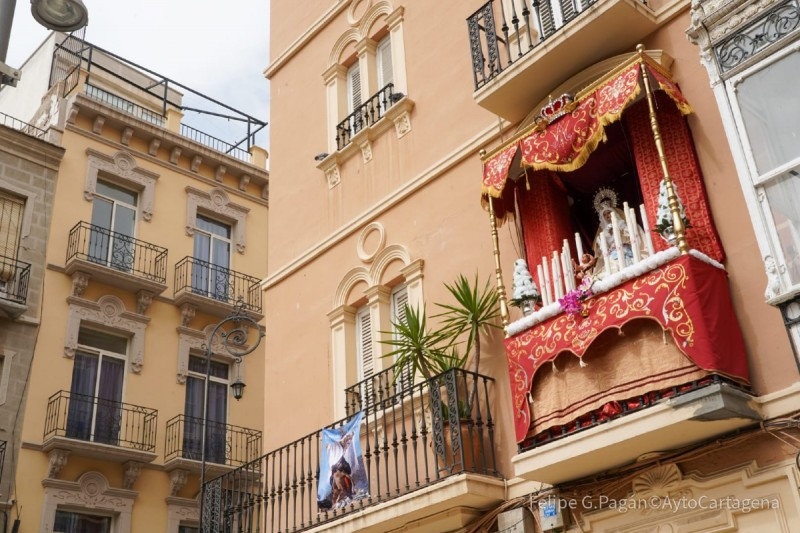 <span style='color:#780948'>ARCHIVED</span> - Justified win for best dressed Semana Santa balcony in Cartagena