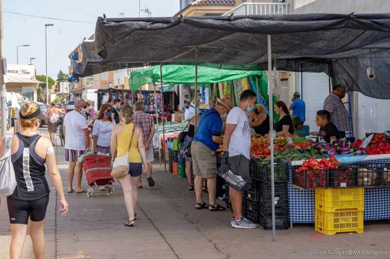 <span style='color:#780948'>ARCHIVED</span> - Summer markets resume in Cartagena