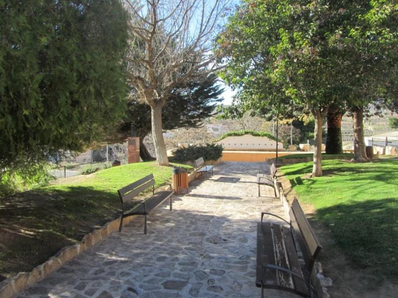 The La Estacada botanical garden in Jumilla